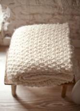 bois-blanc-liste-noel-kc-FR---kit-tricot-laine-decoration-udon-blanket---4---UDON