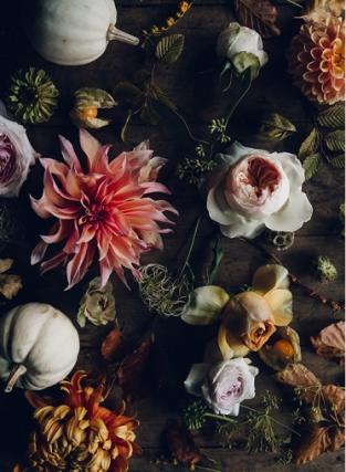 bouquet swallows&damsons