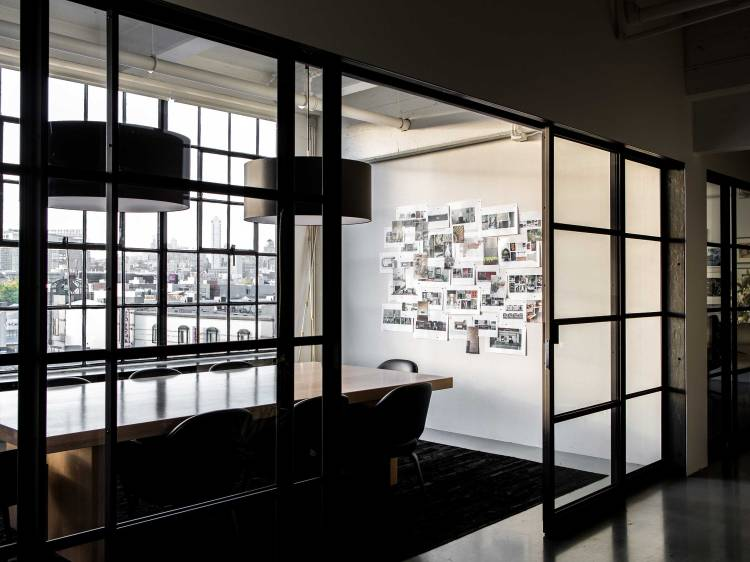 05-NICOLEHOLLIS-STUDIO-SAN-FRANCISCO-CONFERENCE-ROOM