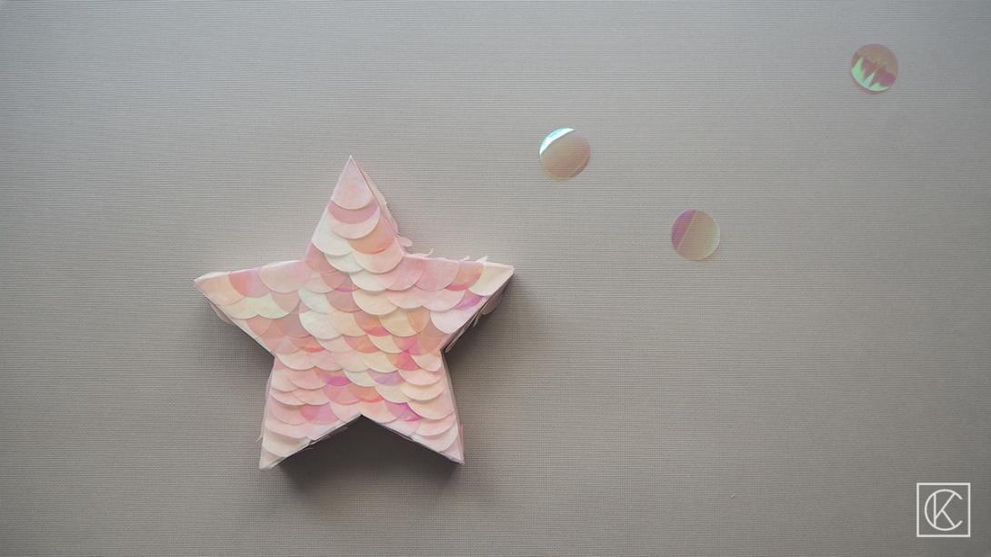 DIY-STAR-PINATA-KRAFTANDCARAT06