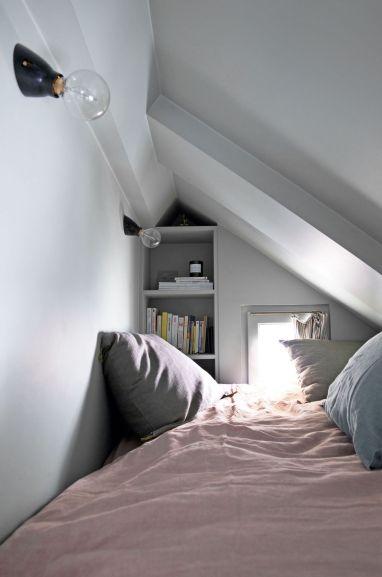 hometour-kc-le-coin-nuit-perche-du-petit-appartement-parisien_6019236